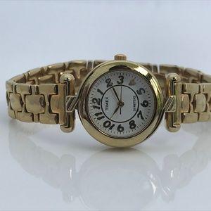 Timex Ladies Watch Gold Tone Water Resistant 30 M